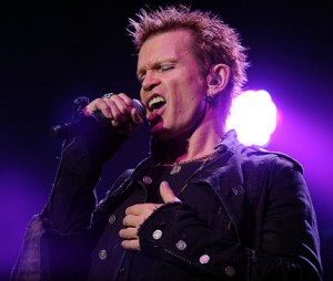 Billy Idol - Singing